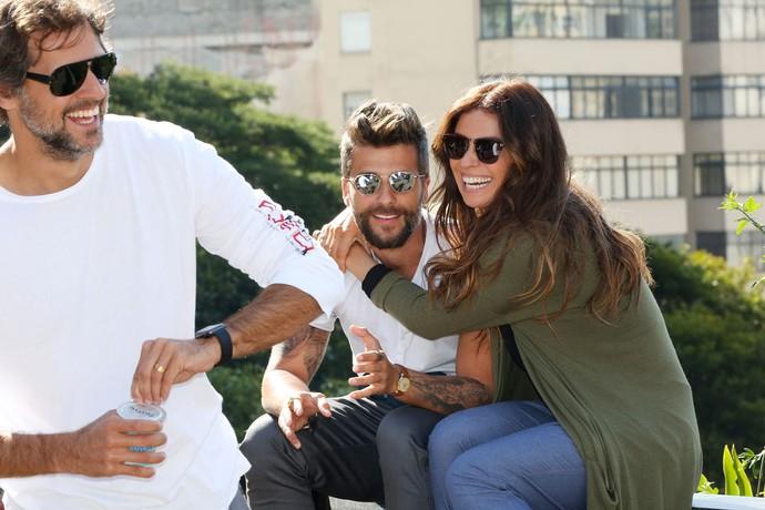 Sol Nascente ainda não estreou, mas Bruno Gagliasso já sabe que vai continuar cercado de Giovannas nos próximos meses. Ele e Antonelli já são amigos (Foto: Carol Caminha/Gshow)