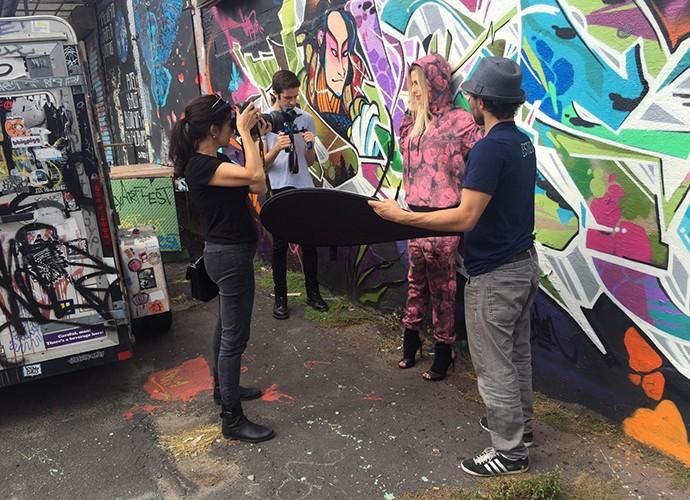 Fernanda Keulla posou para ensaio no bairro do Brooklyn, em Nova York (Foto: Divulgação)
