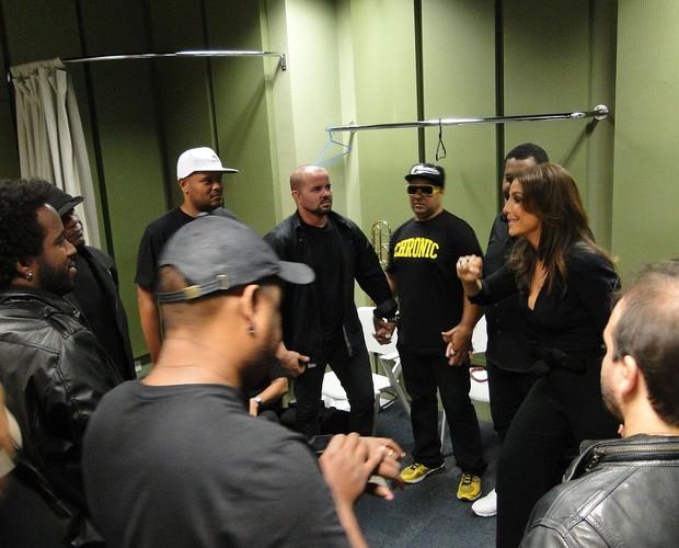 Ivete sempre faz uma reza antes de suas apresentações  (Foto: Domingão do Faustão / TV Globo)