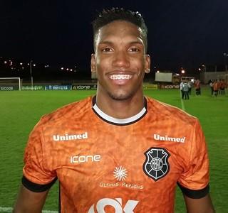 Romanelli, atacante do Rio Branco-ES (Foto: Sidney Magno Novo/GloboEsporte.com)