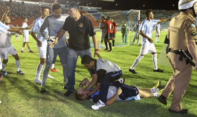 Londrina x Brasil de pelotas série d (Foto: Roberto Custodio/Jornal de Londrina)