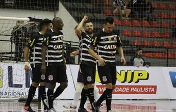 Atual campeão, Corinthians estreia na Liga com empate diante do Tubarão