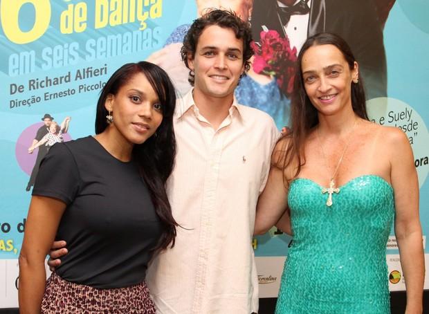"""Aparecia Petrowky, Felipe Dylon e Maria Lucia Priolli na estreia """"Seis Horas de Dança"""" (Foto: Henrique Oliveira / Foto Rio News)"""