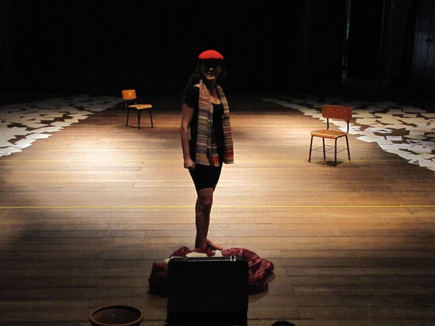 Atriz Hilda Torres interpreta Soledad Barret em monólogo (Foto: Divulgação / Flávia Gomes)