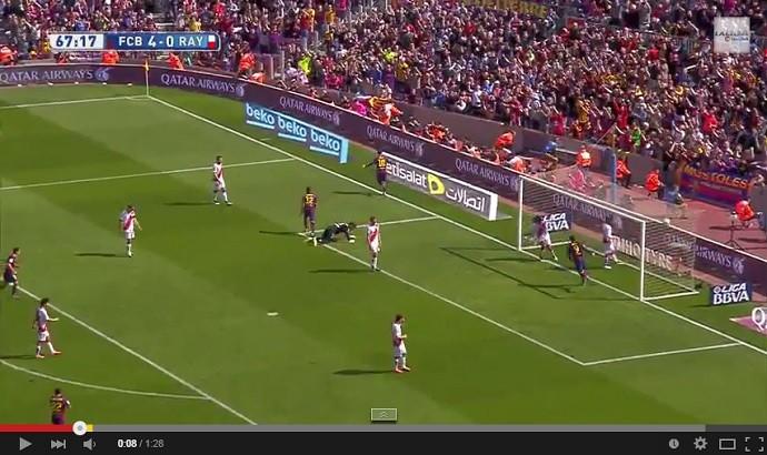 Messi faz golaço no jogo Barcelona x Rayo Vallecano