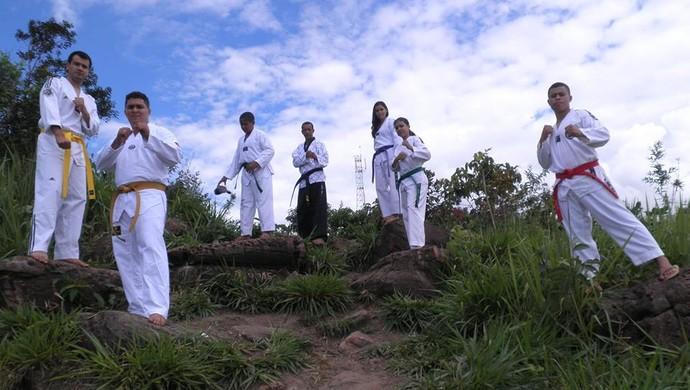 Atletas do taekwondo de Guajará-Mirim (Foto: Júnior Freitas)