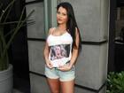 Candidatas ao Miss Bumbum vestem camiseta de apoio à Andressa Urach