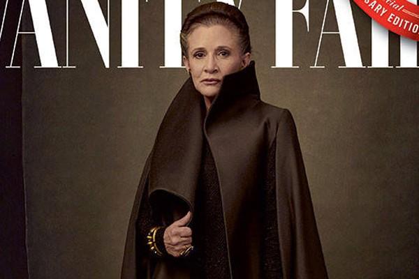 Carrie Fisher em uma das novas capas da revista Vanity Fair (Foto: reprodução; Annie Leibovitz e Vanity Fair)