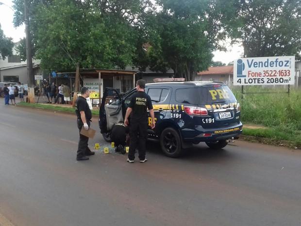 Suspeito chegou a bater em outros veículos na rodovia (Foto: Divulgação/PRF)