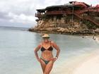 Aos 73, Susana Vieira ostenta corpão de biquíni em praia no Caribe