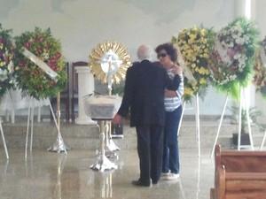 Corpo do ator Walmor Chagas é velado em cemitério de São José dos Campos (SP) (Foto: Renato Ferezim/G1)