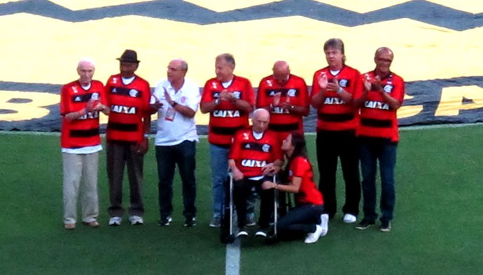 Zico e ex-jogadores Flamengo Maracanã (Foto: Hector Werlang)