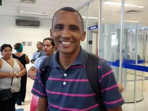 Erick Santos, desempregado, Movimento, fgts, contas inativas, normalidade, caixa, amapá, (Foto: Fabiana Figueiredo/G1)