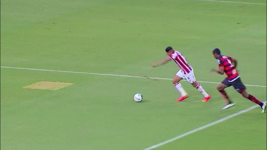 Náutico bate líder Atlético-GO com dois gols de Rony e retorna ao G-4