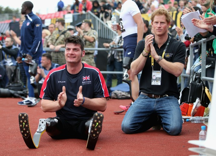 """Dave Henson encantou o príncipe Harry no """"Ibnvictus Games"""", evento multiesportivo paralímpico, realizado na Inglaterram, com soldados feridos de guerra (Foto: Chris Jackson/Getty Images)"""