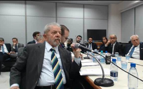 Ex-presidente Lula depõe ao juiz Sérgio Moro (Foto: Reprodução)