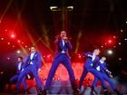 Fãs voltam à adolescência em show dos Backstreet Boys em Porto Alegre