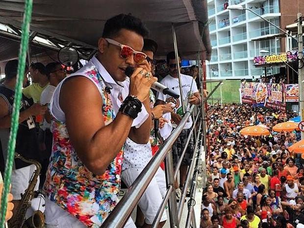 Lincoln Sena, da banda Duas Medidas, no Arrastão em Salvadro, na Bahia (Foto: Divulgação)