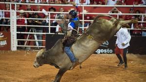 Peão Rodrigo Campos fatura a LNR (Érico Andrade/G1)