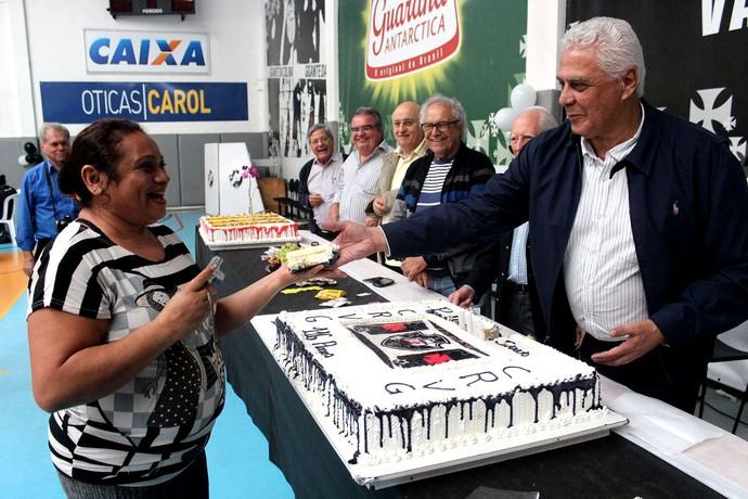 Roberto dinamite são januário Aniversário vasco da Gama (Foto: Carlos Gregório Jr )