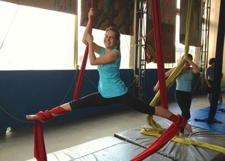 Bianca adora praticar exercícios que trabalhem todo o seu corpo. (Foto: Arquivo Pessoal)