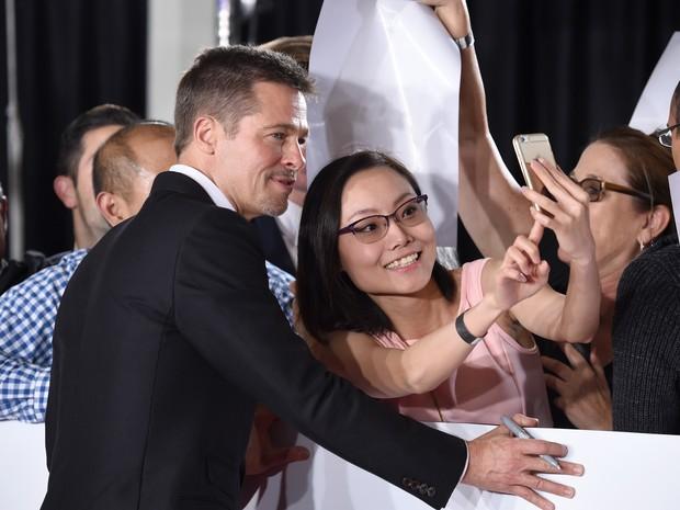 Brad Pitt em première de filme em Los Angeles, nos Estados Unidos (Foto: Frazer Harrison/ Getty Images/ AFP)