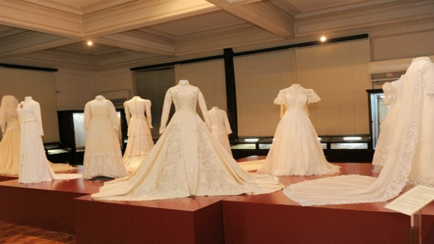Vestidos de noiva brancos foram influência da Rainha Vitória (Foto: Divulgação)