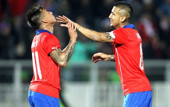 Vargas comemoração Chile x Irlanda do Norte amistoso (Foto: EFE)