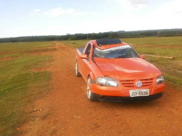 Carro do suspeito de atropelar e matar empresário no DF (Foto: Isabella Formiga/G1)