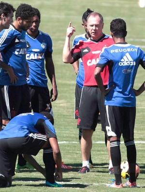 Mano Menezes Treino Flamengo (Foto: Jorge William / Agência o Globo)