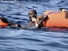 Mais de 10 mil são resgatados em dois dias no Mediterrâneo