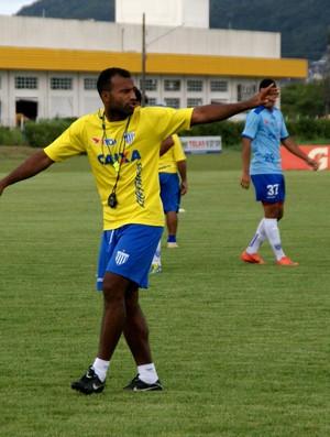 Emerson Nunes comanda treino do Leão (Foto: Alceu Atherino, Avaí Futebol Clube)