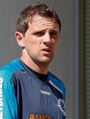 Montillo no treino do Cruzeiro (Foto: Washington Alves / VIPCOMM)