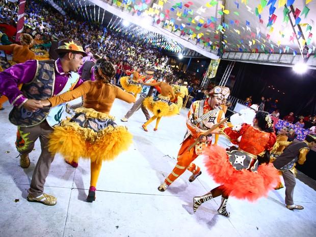 Explosão Nordestina voltou a empolgar o público na noite da grande final do concurso de quadrilhas (Foto: Jonathan Lins/G1)