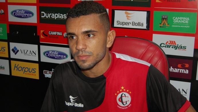 Túlio Renan, atacante do Campinense (Foto: Silas Batista / GloboEsporte.com)