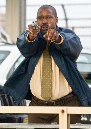 Denzel Washington é o controlador de tráfego Garber (Foto: Divulgação / Reprodução)