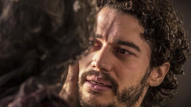 Velho Chico: Martim aparece para Encarnação (Globo)