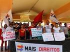 Sindicatos e professores fazem ato por direitos trabalhistas e segurança