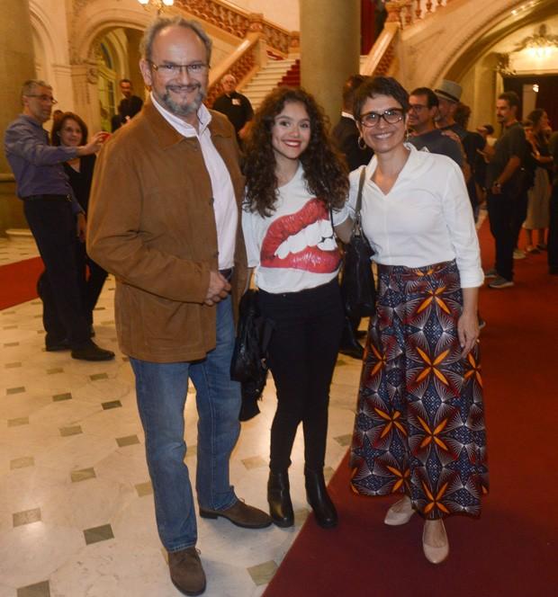 Sandra Annenberg e Ernesto Paglia com a filha, Elisa (Foto: Francisco Cepeda/AgNews)
