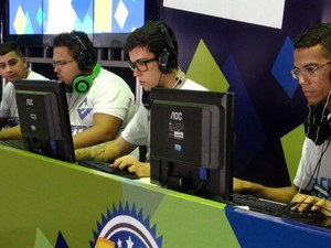Equipe participou de campeonato de games  (Foto: Ruan Melo/ G1)