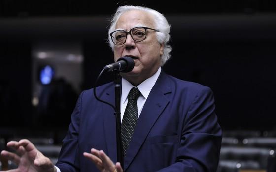O deputado Miro Teixeira (Rede-RJ), presidente da CCJ (Foto: Alex Ferreira / Câmara dos Deputados)