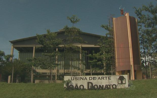 Usina de artes funciona como espaço cultural desde 2003 (Foto: Acre TV)