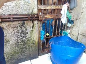 Defensores constataram condições precárias durante fiscalização (Foto: Defensoria Pública de Rondônia/Divulgação)