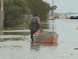 Chuva atinge o Rio Grande do Sul (Foto: Reprodução/RBS TV)