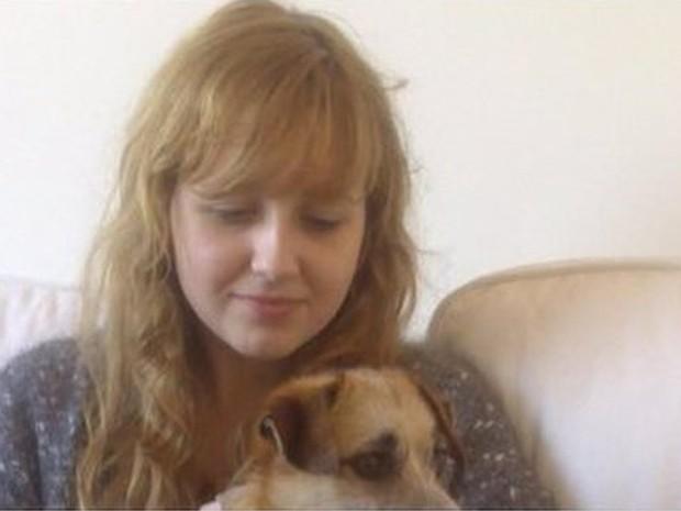 Émilie se matou aos 17 e trechos de seu drama pessoal, registrados num diário, foram divulgados na semana passada  (Foto: La Voix du Nord )