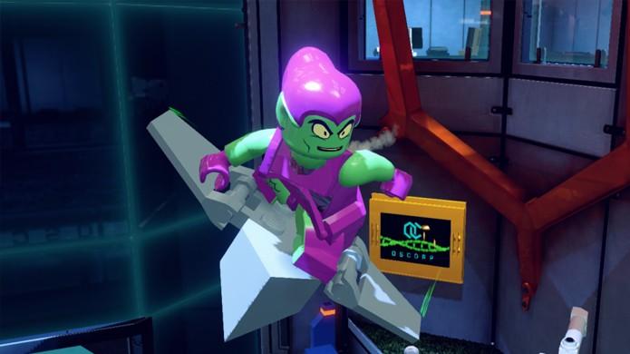 Apesar das bombas desajeitadas o Duende Verde compensa com seu planador (Foto: lego.wikia.com)