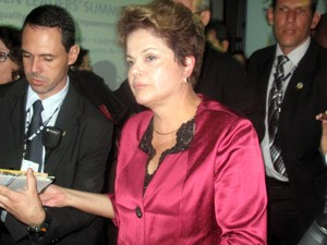 Na sa&#237;da do evento, a presidente Dilma n&#227;o parou para falar com a imprensa (Foto: Bernardo Tabak/G1)