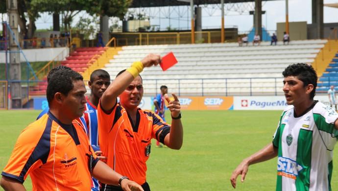 árbitro jogo manaus fast amazonense (Foto: Silvio Lima)
