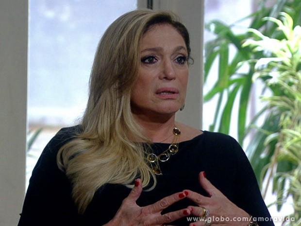 Pilar fica chocada com bronca de Bruno (Foto: Amor à Vida / TV Globo)