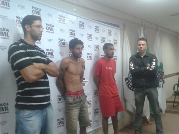 Antônio e Rafael foram são apontados como responsáveis por porte de policial civil (Foto: Michelly Oda/G1)